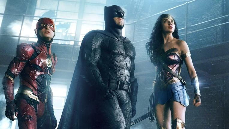 justice-league-flash-batman-wonderwoman-wb.png