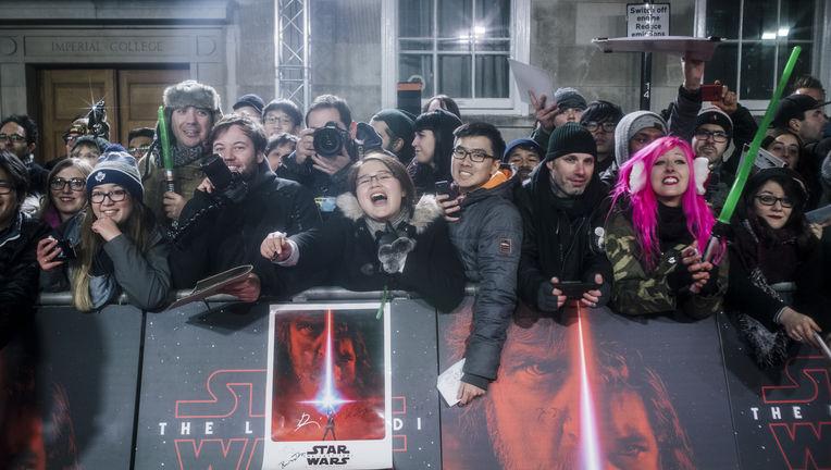 Star wars fans premiere