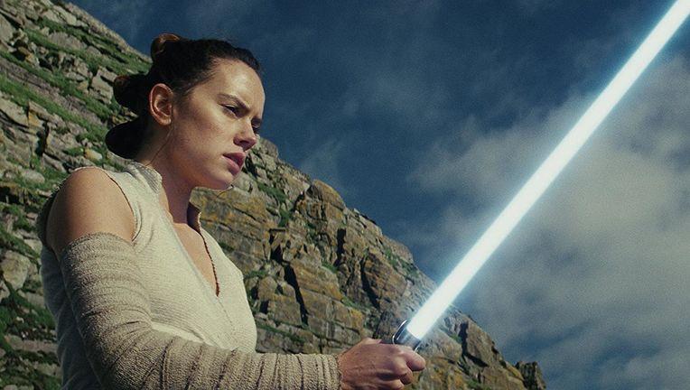 star_wars_the_last_jedi_rey_hero_01.jpg