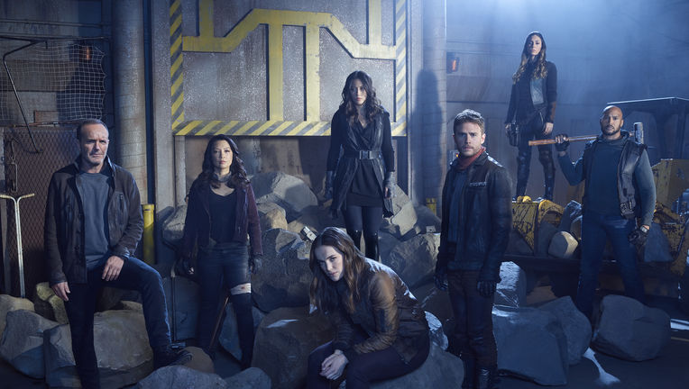 agents of shield season5 team shot