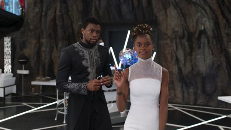 tchalla_and_shuri_movie.jpg