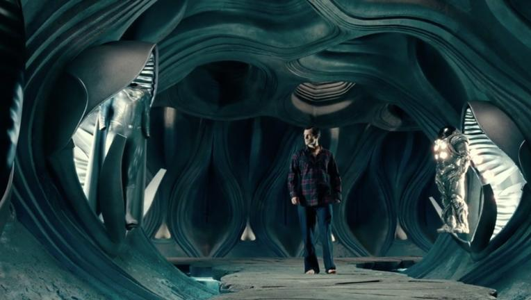 Justice League Deleted Scene- Black Superman Suit