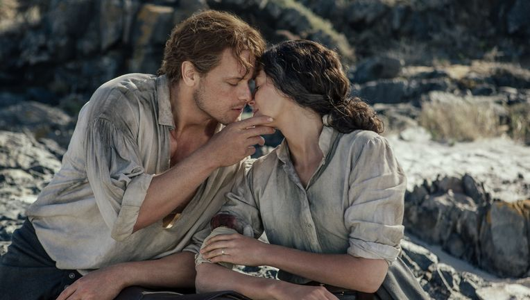 Outlander- Sam Heughan and Caitriona Balfe (Jamie and Claire