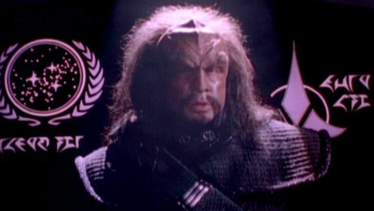 Star Trek Heart of Glory Federation and Klingon Symbols