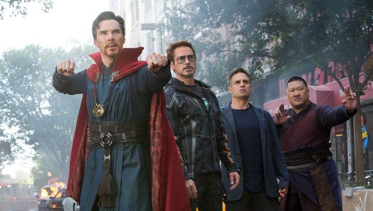 avengers_infinity_war_doctor_strange_bruce_banner.jpg