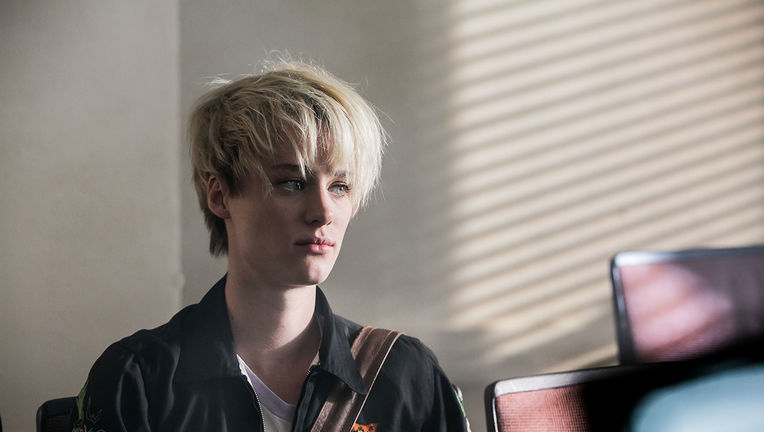 mackenzie_davis_halt_and_catch_fire.jpg
