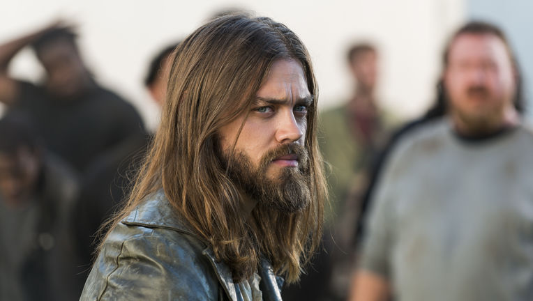 The Walking Dead episode 802 - Jesus looking grumpy