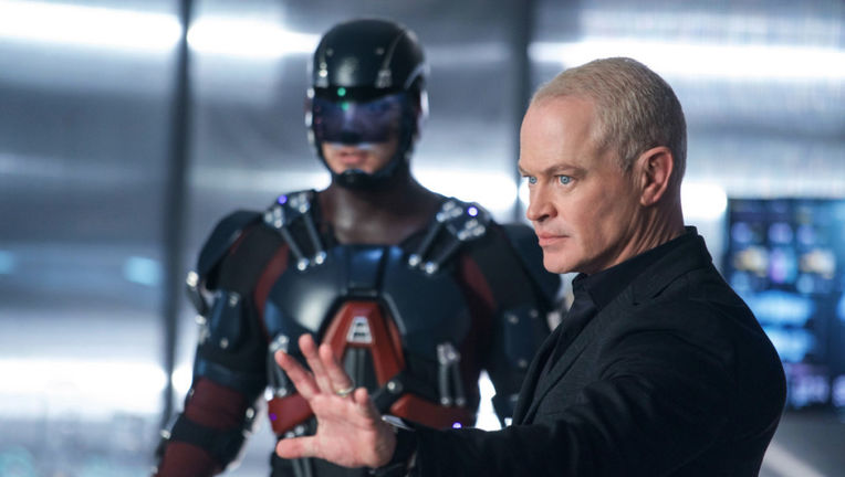 legends_of_tomorrow_damien_darhk.jpg