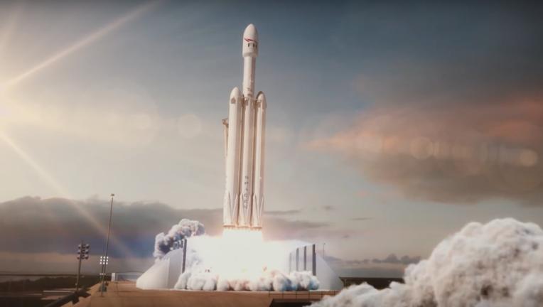 SpaceX Falcon Heavy image