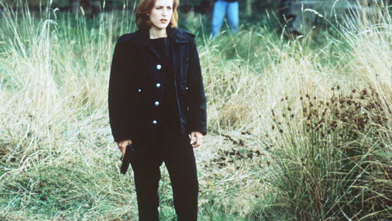 scully-xfiles-gillian.jpg