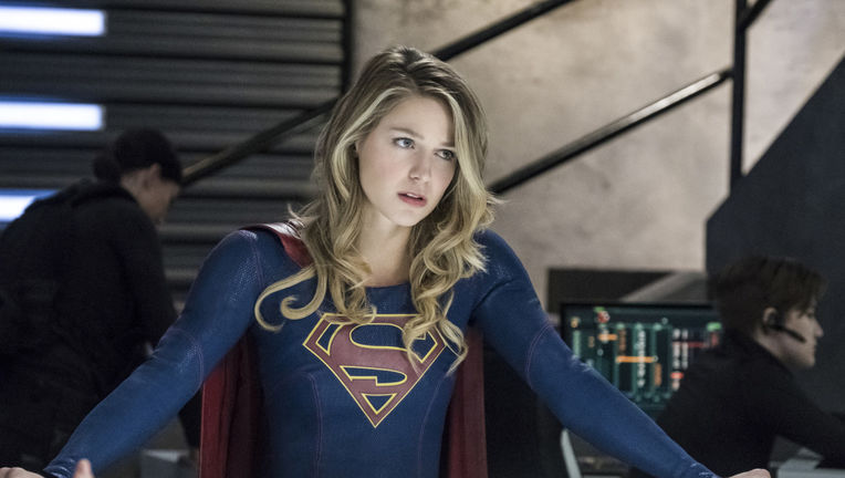 Supergirl episode 317 - Supergirl looking flummoxed
