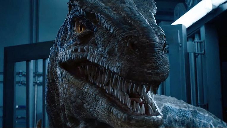 Jurassic World Fallen Kingdom Blue hero