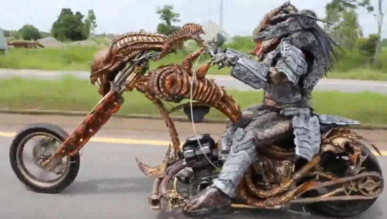 Predator on Xenomorph bike