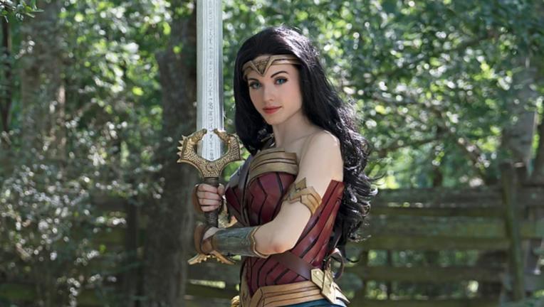 Amouranth Wonder Woman