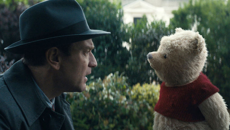christopher_robin_still_-_publicity_-_h_2018_0