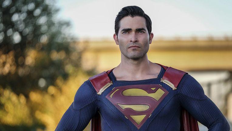 tyler hoechlin supergirl
