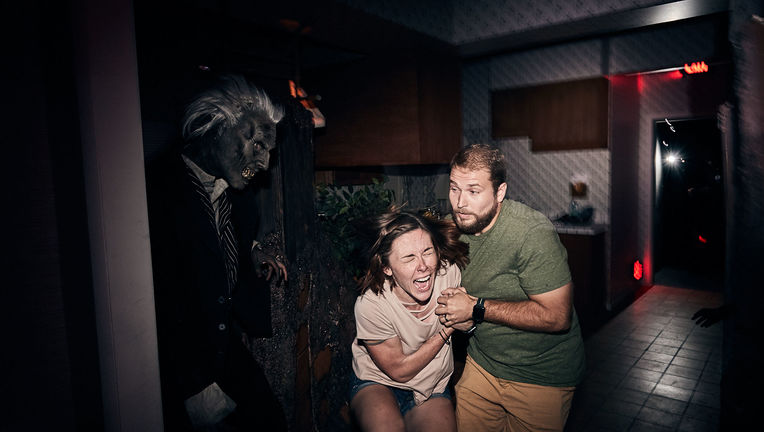 Universal Studios Poltergeist Haunted House
