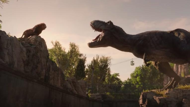 Jurassic World: Fallen Kingdom T rex lion
