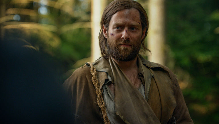 Richard Rankin (Roger Wakefield) - Outlander Episode 412 (1)