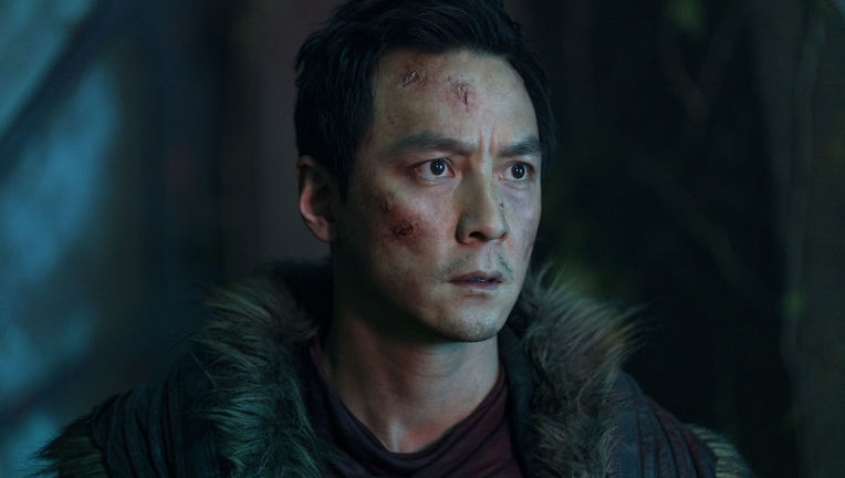 Into the Badlands 309, Sunny close-up