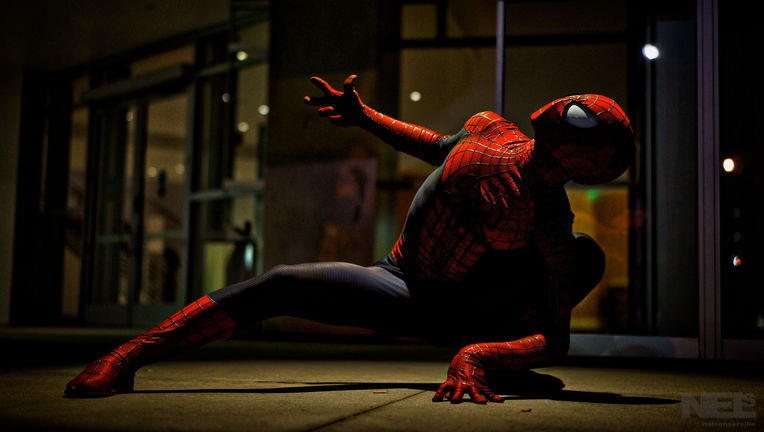 Cosplayer Chris Villain in his Spider-Man look