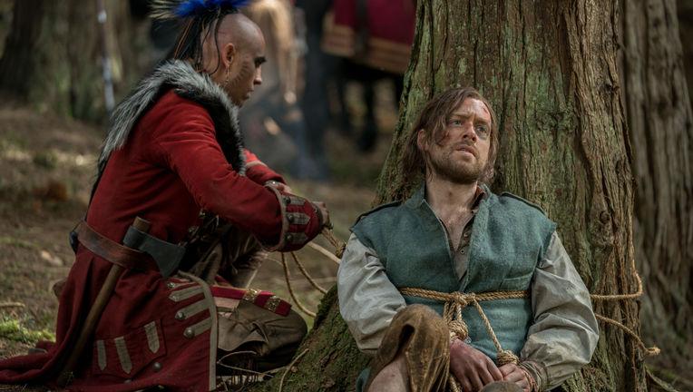 Braeden Clarke (Kaheroton), Richard Rankin (Roger Wakefield) - Outlander Episode 410