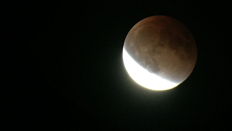 The Moon nearing totality during the September 27. 2015 lunar eclipse. Credit: Phil Plait