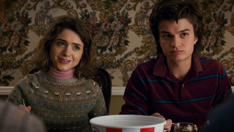 Stranger Things Steve and Nancy