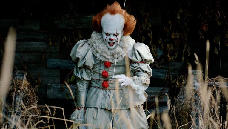 Bill-Skarsgard-as-Pennywise-in-Stephen-Kings-IT-copy.jpg