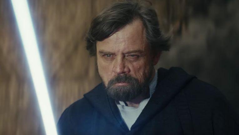 Luke Skywalker Last Jedi lightsaber