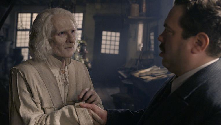 Nicolas Flamel The Crimes of Grindelwald