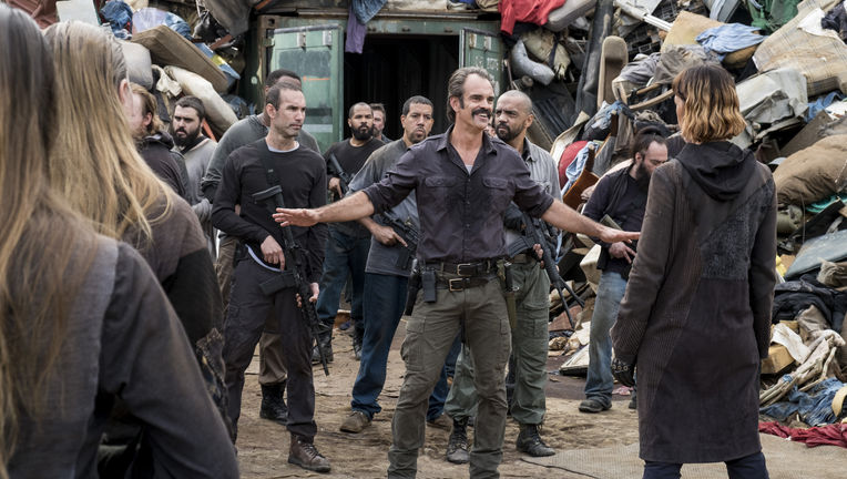 The Walking Dead episode 810 - Simon and the trash people