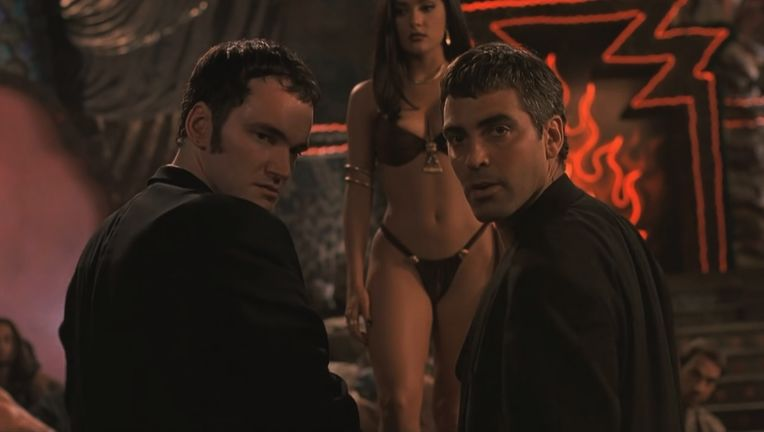 -From-Dusk-Till-Dawn-Screencaps-salma-hayek-23086101-1280-800.jpg