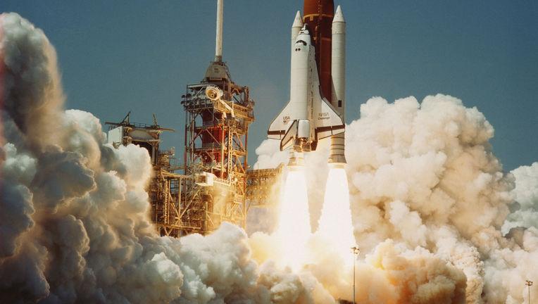 739339main_Space_Shuttle_Challenger_04-04-1983.jpg