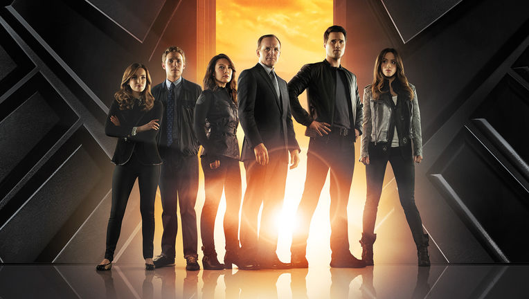 Agents-of-SHIELD-cast.jpg