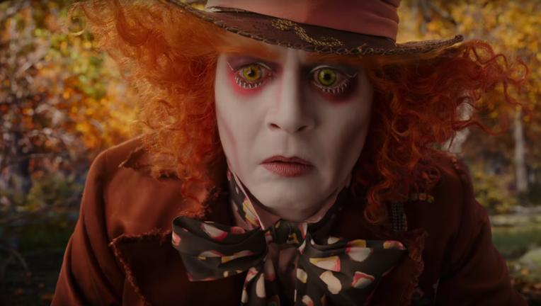 Alice-Through-the-Looking-Glass-trailer-screengrab-2.png