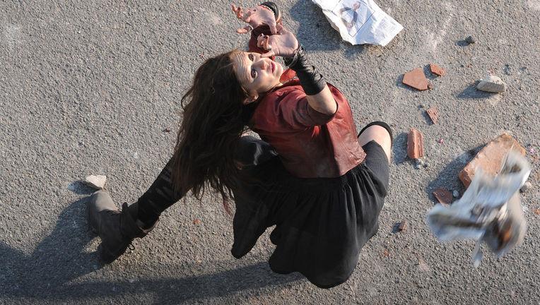 AvengersScarletWitch2_1.jpg
