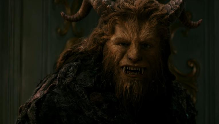 Beauty-and-the-Beast-DinnerInvitationClip-screenshot.png