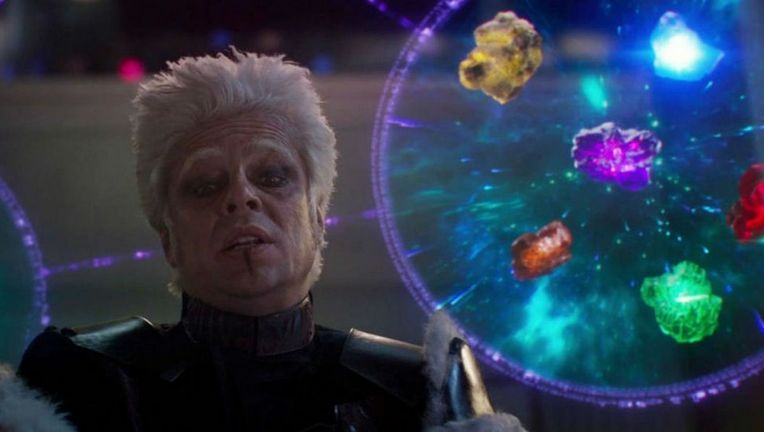 Benicio-del-Toro-The-Collector-Infinity-Stones.jpg