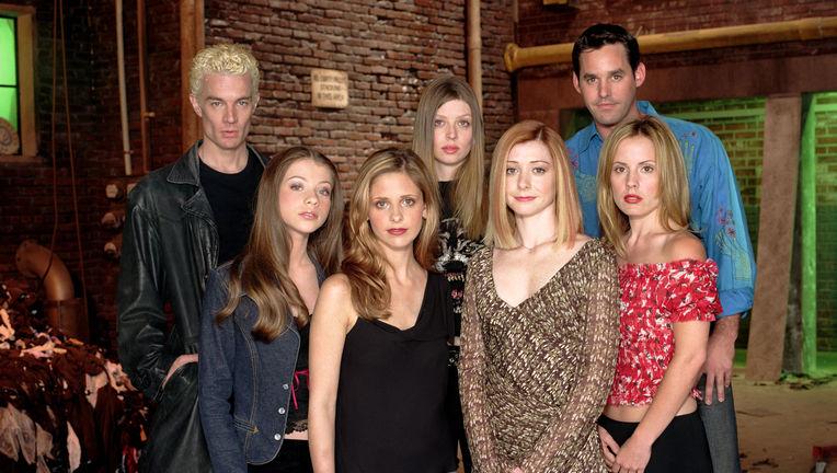 BuffyCastSeason53.jpg