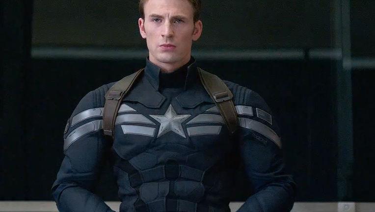 Captain America (Chris Evans)