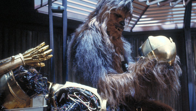 Chewie_threepio_tesb.jpg