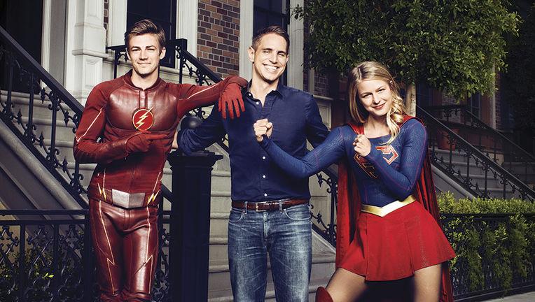 Greg-Berlanti-Flash-Supergirl-02-Photo.jpg