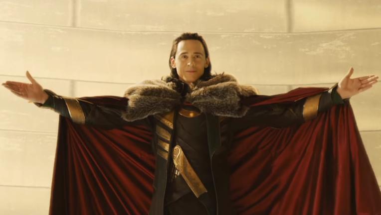 Loki-Thor-the-Dark-World-deleted-scene-screenshot-4.png
