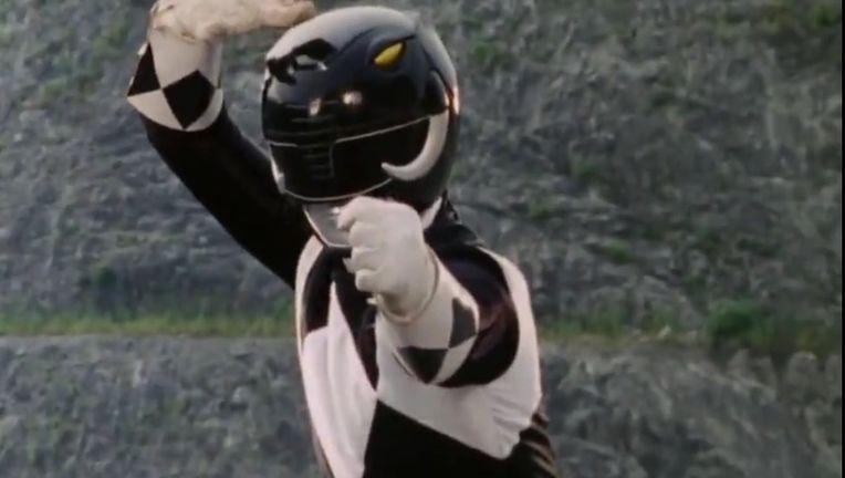 Mighty_Morphin_Black_Ranger_Pose.jpg
