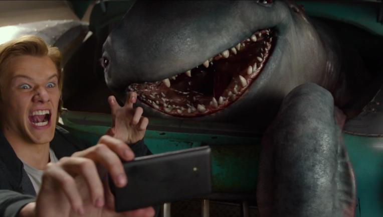 Monster-Trucks-trailer1-screenshot.png