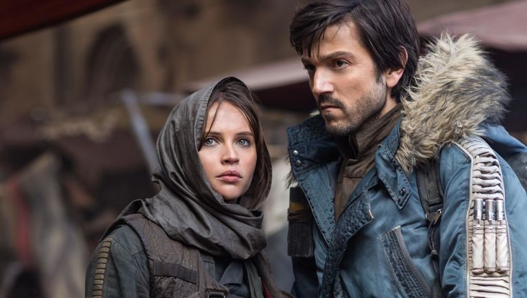 Rogue-One-A-Star-Wars-Story-Felicity-Jones-as-Jyn-Erso-and-Diego-Luna-as-Cassian-Andor.jpg