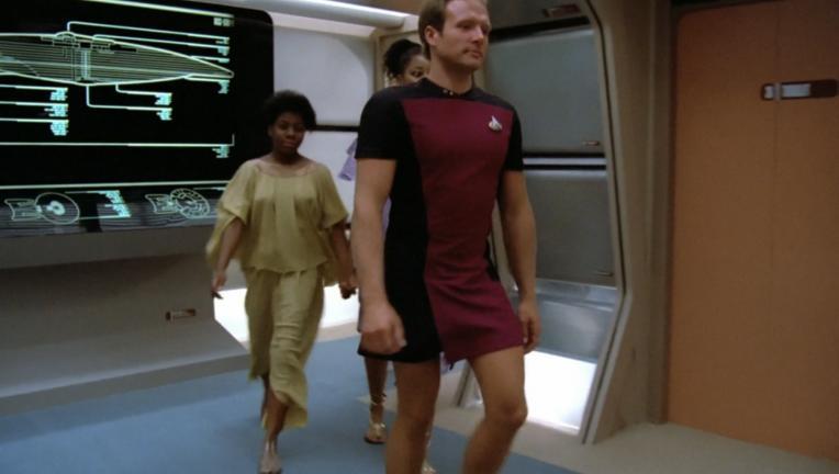 Star-Trek-Guy-in-skirt-1024x767.png