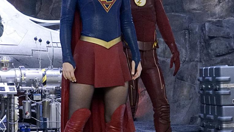Supergirl-Flash-Worlds-Finest-1_0.jpg