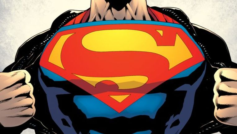 Superman_chest.jpg